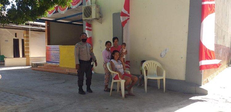 Edukasi Adaptasi Kebiasaan Baru, Bhabinkamtibmas Kelurahan Naikoten II Himbau Warga Laksanakan Protokol Kesehatan