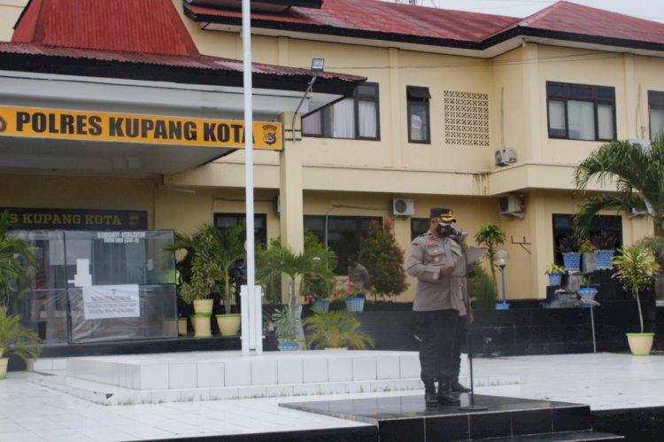Polres Kupang Kota Gelar Apel Pergeseran Pasukan Pengamanan Gereja Perayaan Natal 2020 dan Tahun Baru 2021