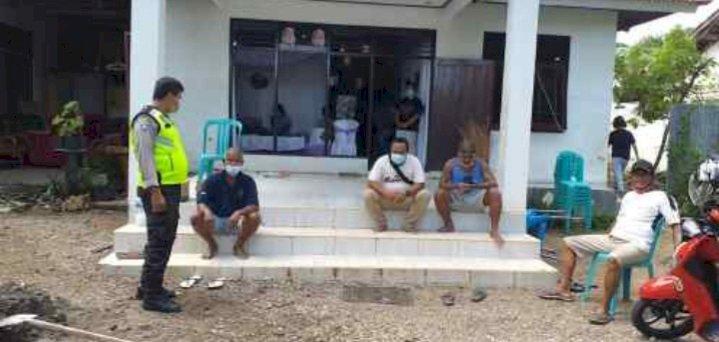 Lewat Sambang, Bhabinkamtibmas Kelurahan Oeba Ajak Warga Taati Protkol Kesehatan