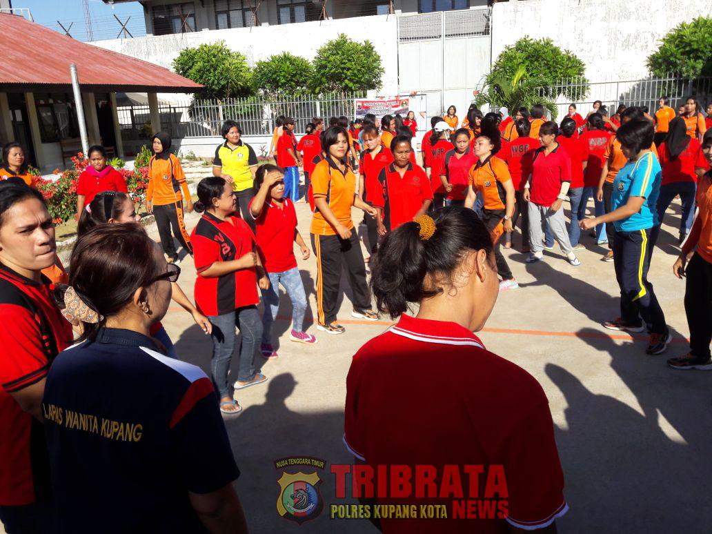 Sambut HUT Ke 69, Polwan Polres Kupang Kota Olahraga Bersama Wanita Binaan Lapas.