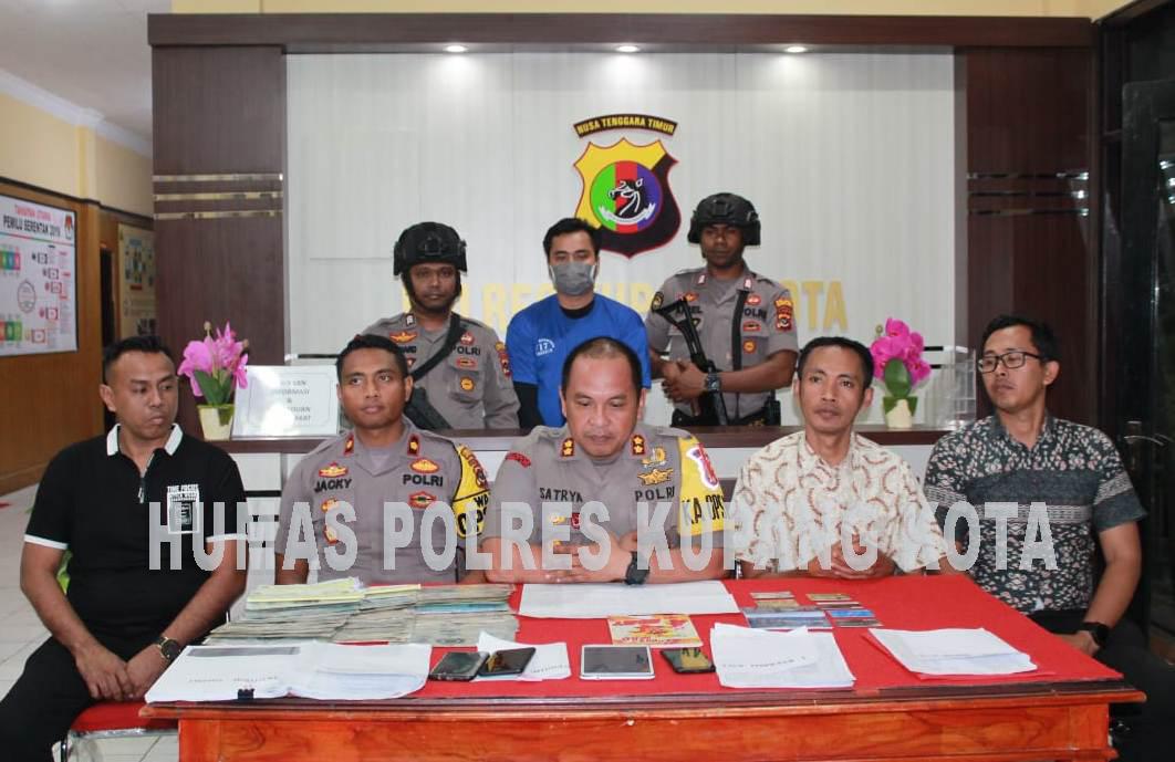 Polres Kupang Kota, Gelar Konferensi Pers Kasus Penipuan dan Penggelapan.