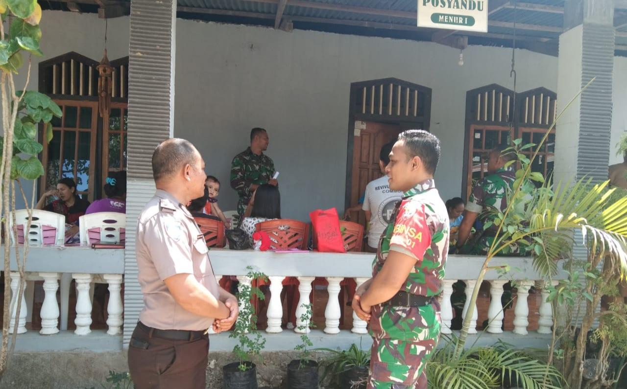 Bhabinkamtibmas Bersama Babinsa Kelurahan Merdeka Menyambangi Giat Posyandu