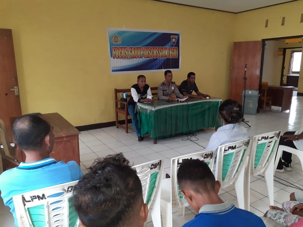 Satuan Binmas Polres Kupang Kota Gelar Focus Group Discussion(FGD) Di Kantor Lurah Oesapa
